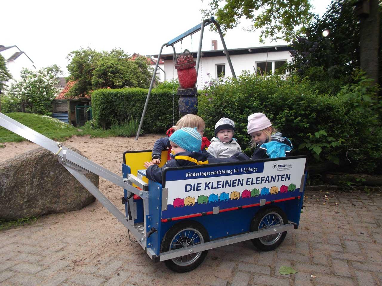 Bollerwagen1_web